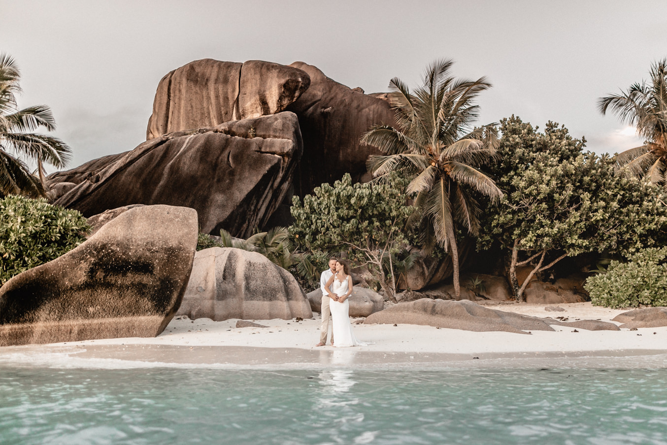 Destination Wedding bridal couple at the beach of Seychelles