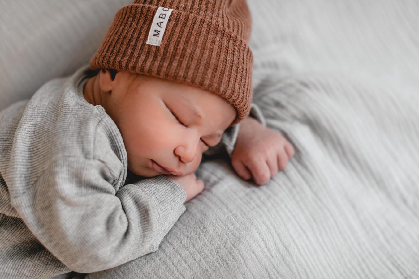 neugeborenen fotograf Düsseldorf Baby details Maboo
